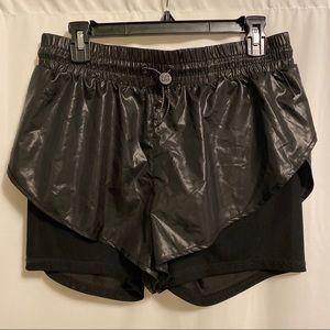Ivy Park • Shorts